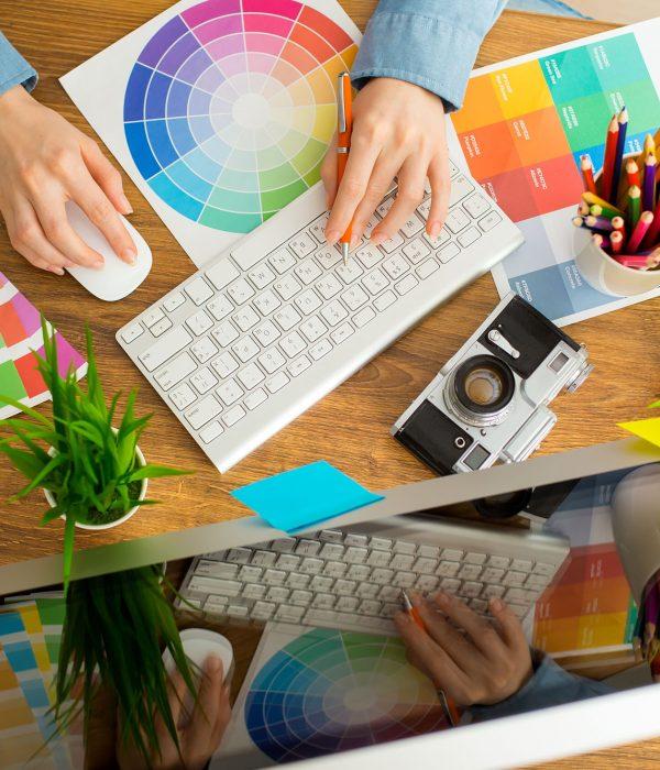 Die kreativbiene ist Ihre Expertin für Design & Layout. Gerne bin ich Ihnen auch bei der Gestaltung Ihrer neuen Website behilflich.